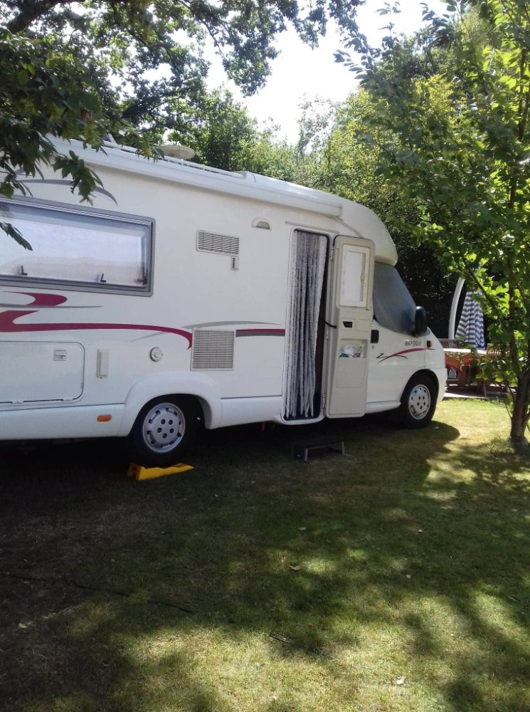 Aire camping-car à Mervans (71310) - Photo 2